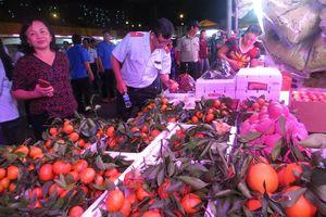 Cam Canh Trung Quốc đầy chợ đầu mối Sài Gòn