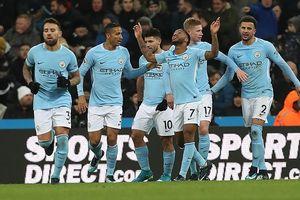 Man City - 'Kẻ cứu rỗi một mùa giải'