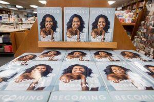 Hồi ký của Michelle Obama phá kỷ lục của tiểu thuyết khiêu dâm '50 sắc thái'