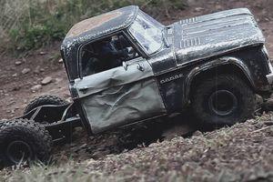 Ngắm mô hình chiếc Dodge D100 1961 tỉ lệ 1/6