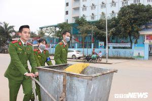 Sinh viên Học viện Cảnh sát tuyên truyền chống rác thải nhựa, ra quân bảo vệ môi trường