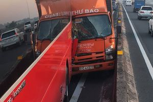 Xe khách chở nhiều trẻ em bị tông trên cao tốc TP HCM – Trung Lương