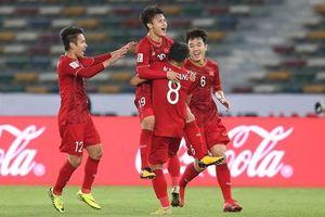 Quang Hải vào top 10 cầu thủ hay nhất trận cuối vòng bảng Asian Cup