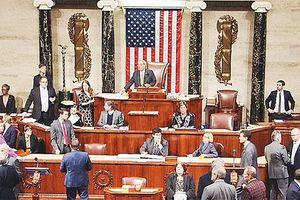Hạ viện Mỹ ủng hộ việc duy trì trừng phạt Nga