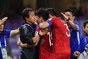 Hai đội bóng Đông Nam Á 'vượt ải' vòng bảng Asian Cup thế nào?