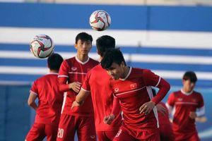 Hình ảnh buổi tập đầu tiên của tuyển Việt Nam trước trận gặp Jordan