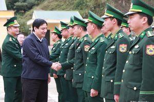 Bí thư Tỉnh ủy thăm, chúc Tết tại Kỳ Sơn