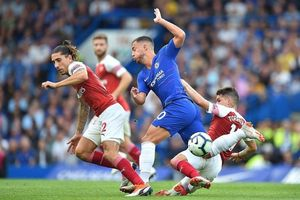 Arsenal - Chelsea: Đại chiến thành London trong nỗi lo Man United qua mặt