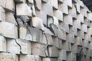 Khánh Hòa: Quyết định cưỡng chế tháo dỡ bức tường gây nguy hiểm