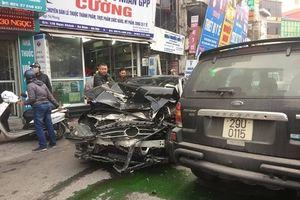 Hà Nội: 'Xe điên' gây tai nạn liên hoàn, một người tử vong tại chỗ