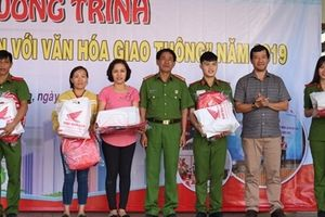 Hơn 1000 Cảnh sát tham gia ngày hội 'Thanh niên với văn hóa giao thông'