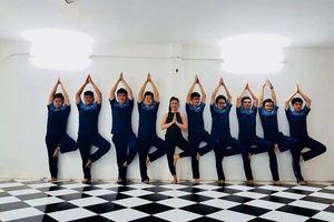 Trường học đưa môn học Yoga vào thời khóa biểu chính thức
