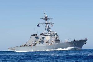 Khu trục hạm Mỹ tiến vào Biển Đen, Nga điều tàu theo dõi chặt
