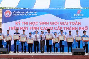 Trao hơn 500 giải thưởng cuộc thi Giải toán trên máy tính cầm tay Casio