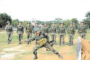 Xứng với danh hiệu 'Trung đoàn Quyết thắng' được Bác khen tặng