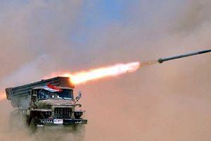 Quân đội Syria 'thiêu rụi' quân khủng bố tại 'chảo lửa' Syria bằng pháo binh hạng nặng