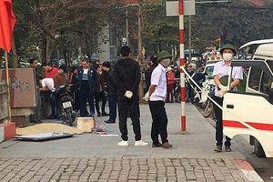 Phát hiện thi thể người đàn ông trên đường Hà Nội