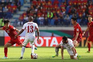 Tuyển Việt Nam vào tứ kết Asian Cup sau 12 năm chờ đợi