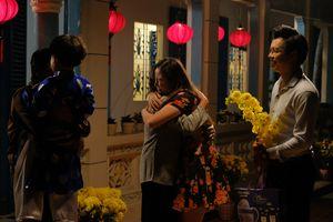 Thùy Chi 'lấy nước mắt' của những phụ nữ lấy chồng xa khi ra MV Xuân của mẹ