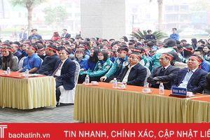 1.500 cán bộ, đoàn viên Hà Tĩnh tham gia ngày 'Chủ nhật đỏ' hiến máu cứu người