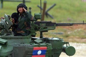 Vũ khí Nga nổi bật trong cuộc diễu binh ở Lào