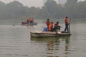 Người đàn ông đuối nước tại Hồ Hoàn Kiếm