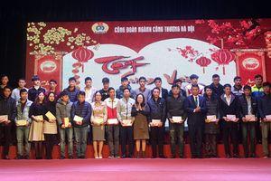 Ngành Công Thương Hà Nội tặng 100 suất hỗ trợ vé tàu, xe về quê đón Tết