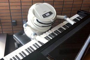 Khách sạn toàn robot phải 'bấm bụng' sa thải hàng loạt robot