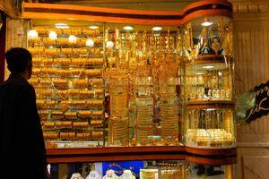 Chợ vàng, khách sạn 25.000 USD và trải nghiệm độc đáo chỉ có tại Dubai