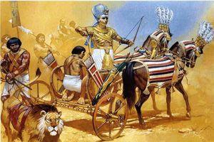 Kinh ngạc sức mạnh vô song của chiến xa Ai Cập cổ đại