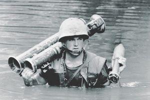 Soi khẩu Bazooka cỡ nòng bự nhất trong chiến tranh VN