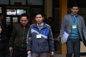Bác sĩ Hoàng Công Lương bị đề nghị mức án 42 tháng tù