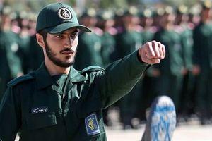 Tuyên bố sốc của Iran về cuộc chiến 'hủy diệt' sau khi bị Israel tấn công ở Syria