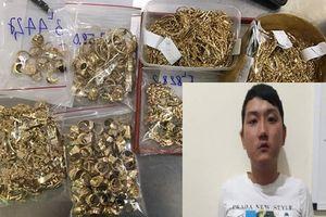 Vì sao chủ tiệm vàng ở Quảng Nam bị nhân viên trộm 430 lượng nhưng không biết?