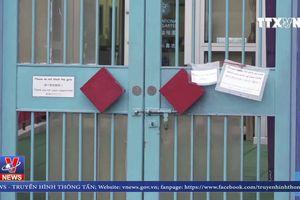 Hong Kong đóng cửa hàng trăm trường học do dịch cúm