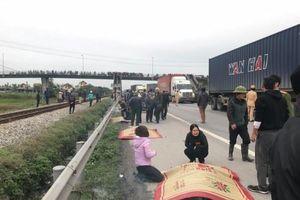 Đi viếng nghĩa trang, 13 người bị xe tải đâm thương vong tại Hải Dương