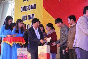 Bộ trưởng Nguyễn Ngọc Thiện tham dự chương trình 'Tết sum vầy' tại tỉnh Thừa Thiên Huế