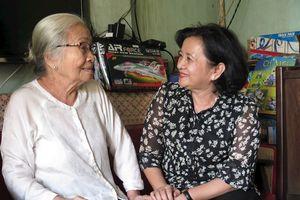Lãnh đạo Ban Tuyên giáo Thành ủy TPHCM thăm, chúc Tết gia đình chính sách, người có công