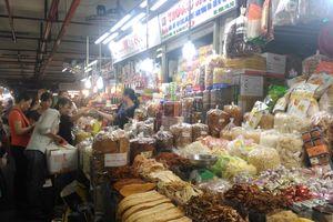 Hàng Việt áp đảo thị trường Tết
