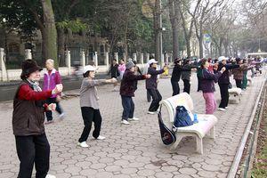 Thời tiết lạnh đột ngột: Gia tăng bệnh xương khớp ở người già