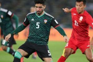 Được 'tặng' penalty, UAE nghẹt thở hạ Kyrgyzstan