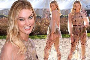 Karlie Kloss khoe dáng tuyệt mỹ với váy xuyên thấu
