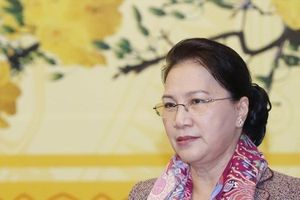 Chủ tịch Quốc hội Nguyễn Thị Kim Ngân: Đại biểu Quốc hội phải tăng cường trao đổi với báo chí!