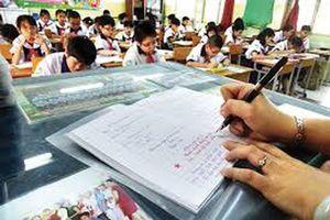 Bộ GD&ĐT chỉ thị: Tuyệt đối không giao thêm hồ sơ sổ sách cho giáo viên