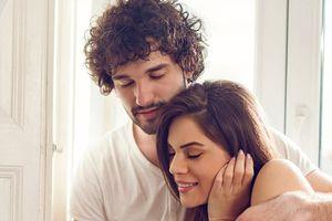 Đàn ông có nguy cơ ngoại tình cao nhất khi nào?