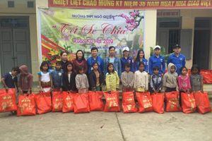 Mái trường có nhiều hoạt động từ thiện ở Quảng Bình