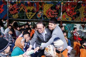 Đại sứ Foodbank mang Tết đến với trẻ em có hoàn cảnh đặc biệt