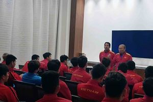 Đội tuyển Việt Nam học về VAR trước đại chiến với Nhật Bản