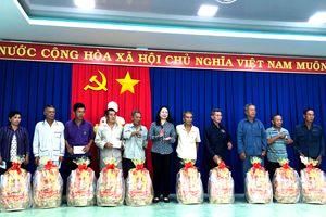 Bí thư Tỉnh ủy An Giang thăm, tặng quà Tết cho gia đình chính sách, hộ nghèo