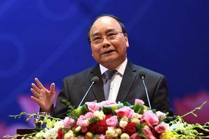 Thủ tướng gọi điện khích lệ tuyển Việt Nam trước trận tứ kết gặp Nhật